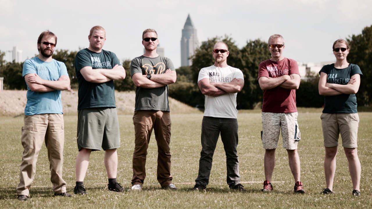 Das Kali Frankfurt Trainerteam mit Instruktoren und Kuyas